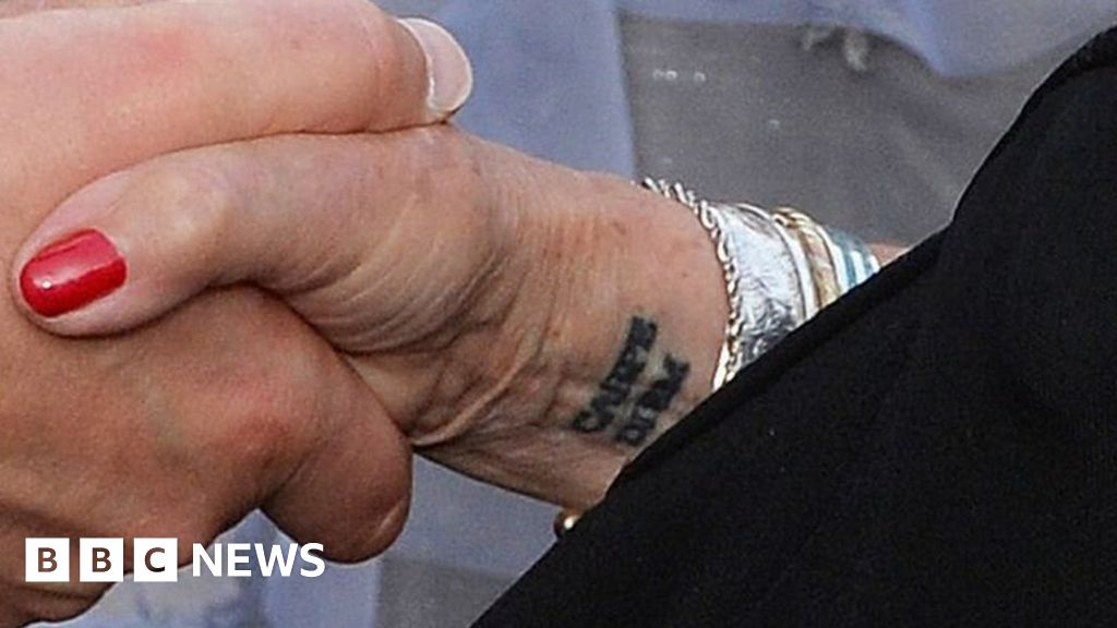 Judi Dench gets first tattoo for her 81st birthday - BBC News