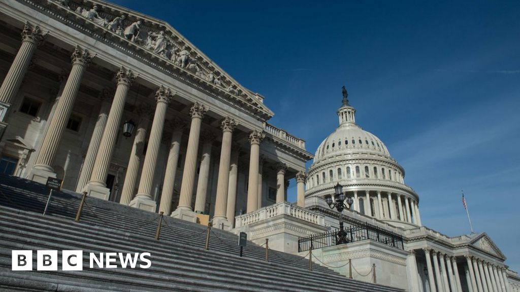 US shutdown looms amid immigration feud