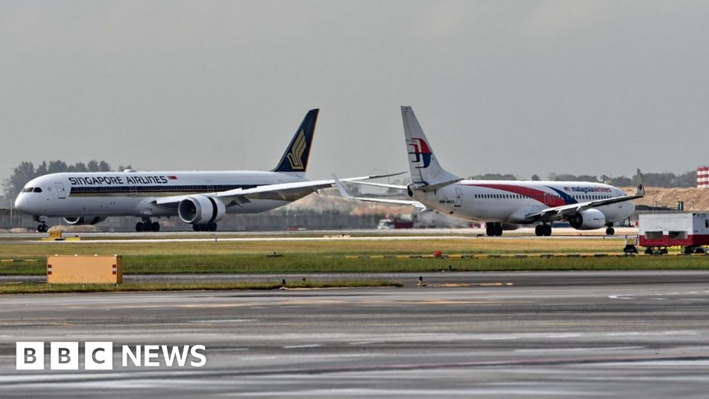 Kuala Lumpur-Singapore named busiest international air route - BBC News