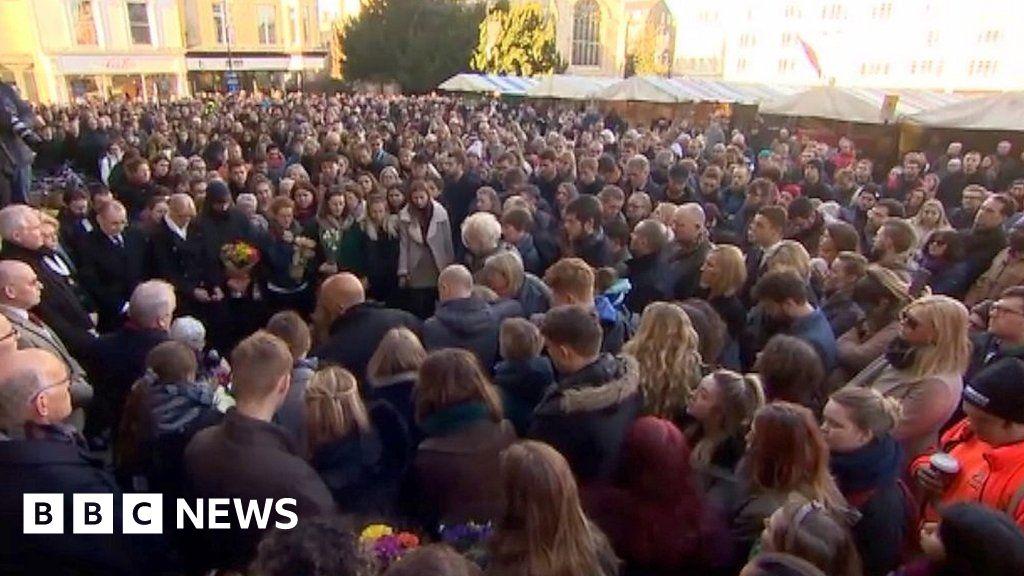 London Bridge: Cambridge vigils held for attack victims thumbnail