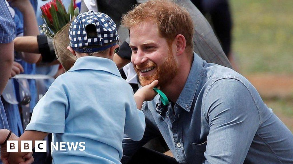 A right royal beard rub for Prince Harry