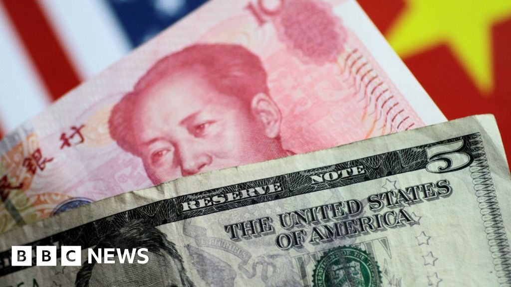 US officially labels China 'currency manipulator' thumbnail