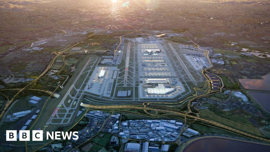 Heathrow third runway  delayed for 12 months