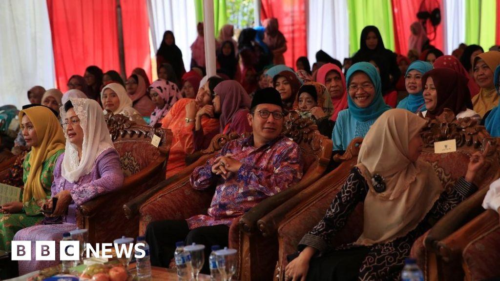 Female Islamic clerics in Indonesia issue rare child