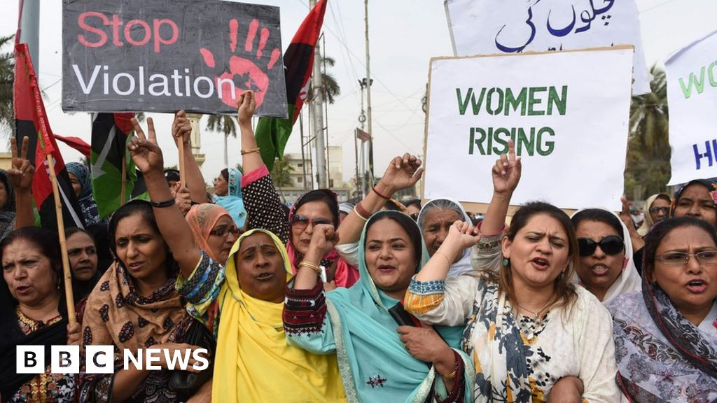 a study on honor killings of women in pakistan Case study gender violence in pakistan a gang rape occurs every eight hours, and about 1,000 women die annually in honour killings.