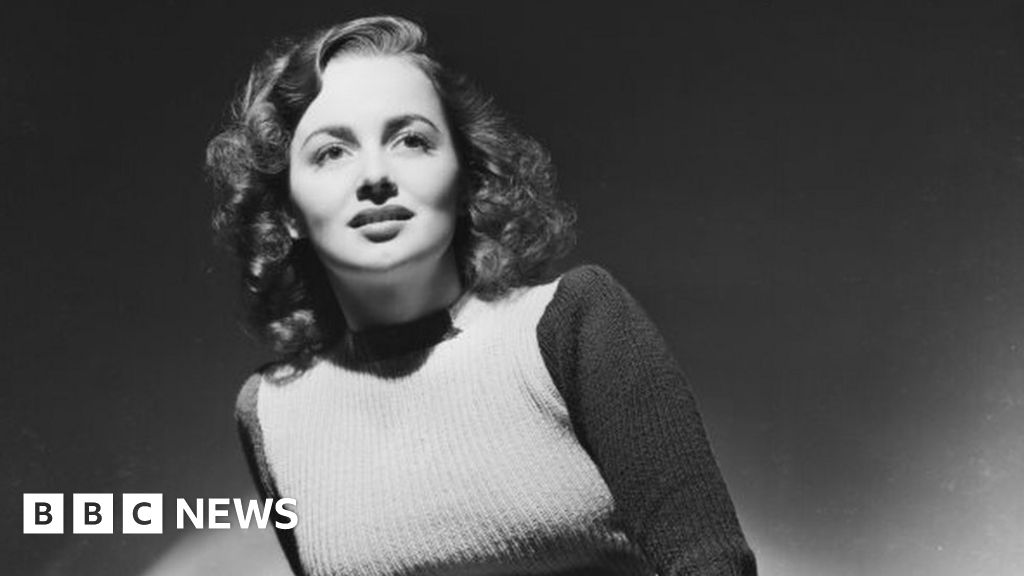Olivia de Havilland, Golden Age of Hollywood star, dies at 104