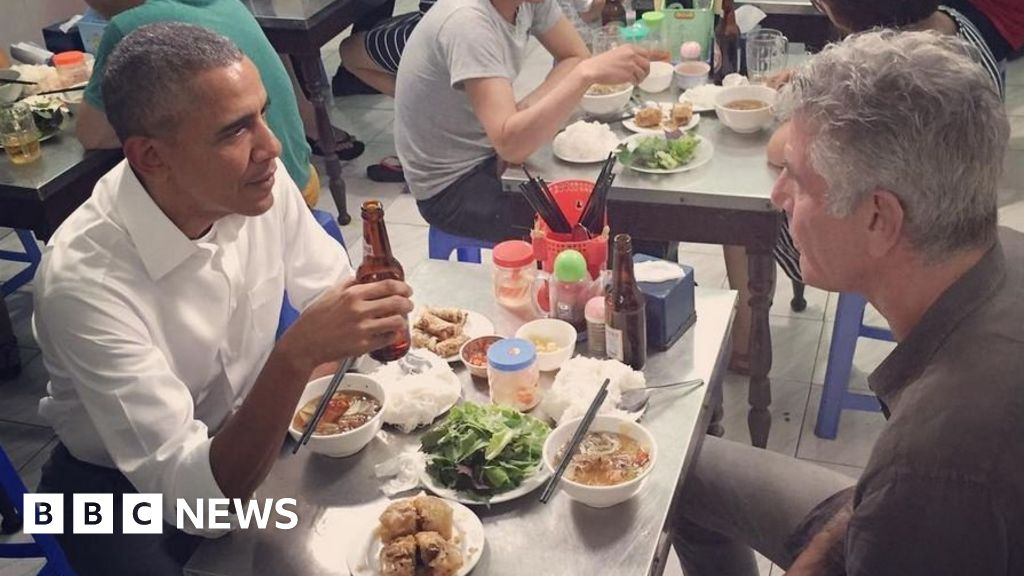 Obama's $6 dinner table kept for posterity