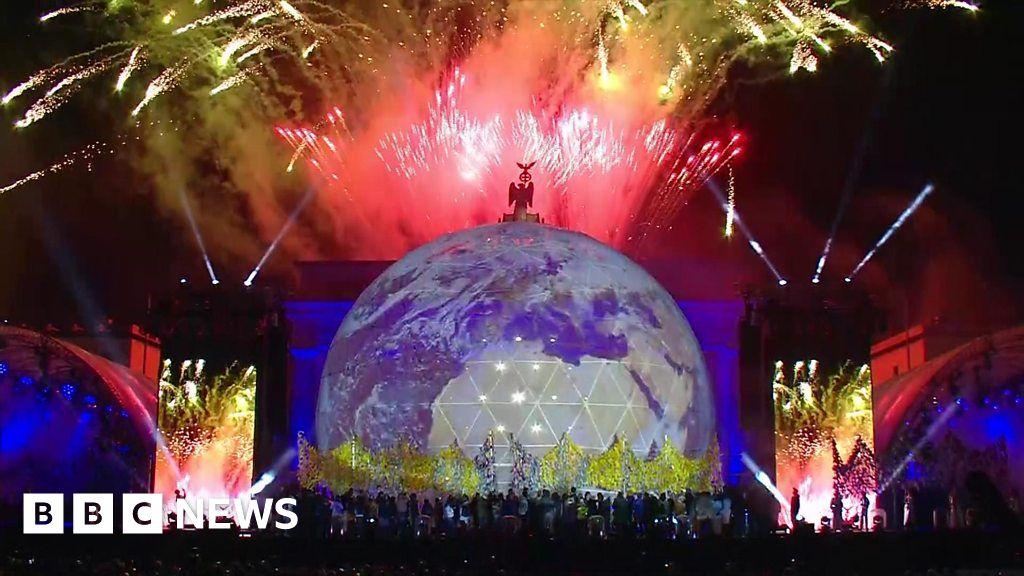 Fireworks at Berlin's Brandenburg Gate