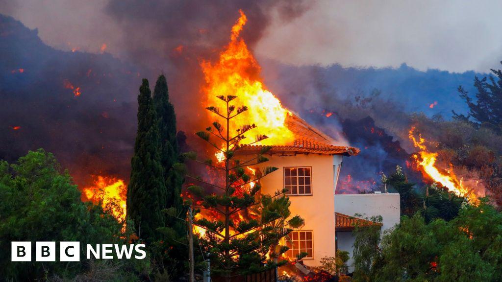 Lava destroys Canary Island homes