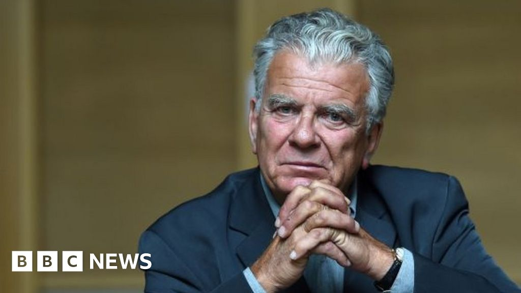 Olivier Duhamel: French political scientist faces inquiry over sex abuse claims