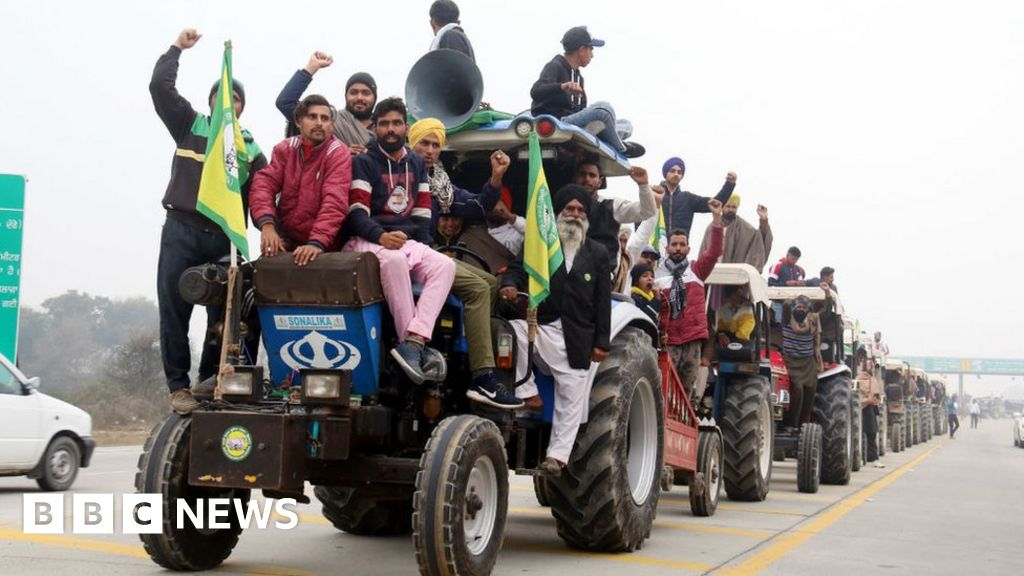 Tractor rally: India farmers conflict with police in large protest