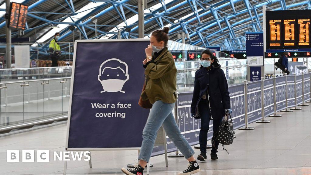 Coronavirus: face mandatory coverages on the public transport in England