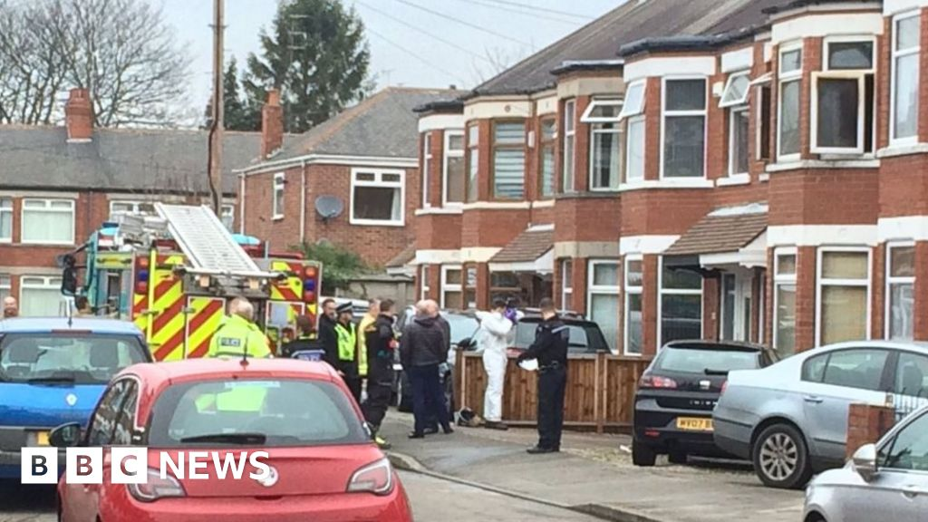 Father and 10-year-old daughter die in Hull house blaze