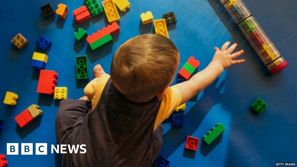 Thousands struggle to access childcare on glitchy website