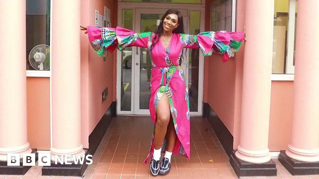 Lagos Fashion Week Designer Irene Agbontaen S Clothes For Tall Women Bbc News