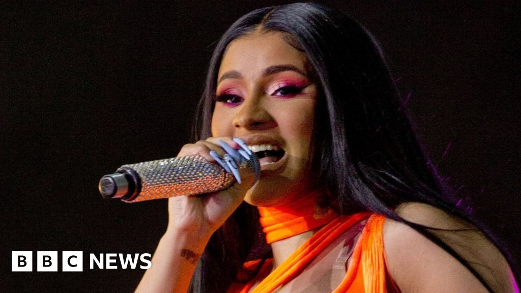 Cardi B files for divorce from husband Offset thumbnail
