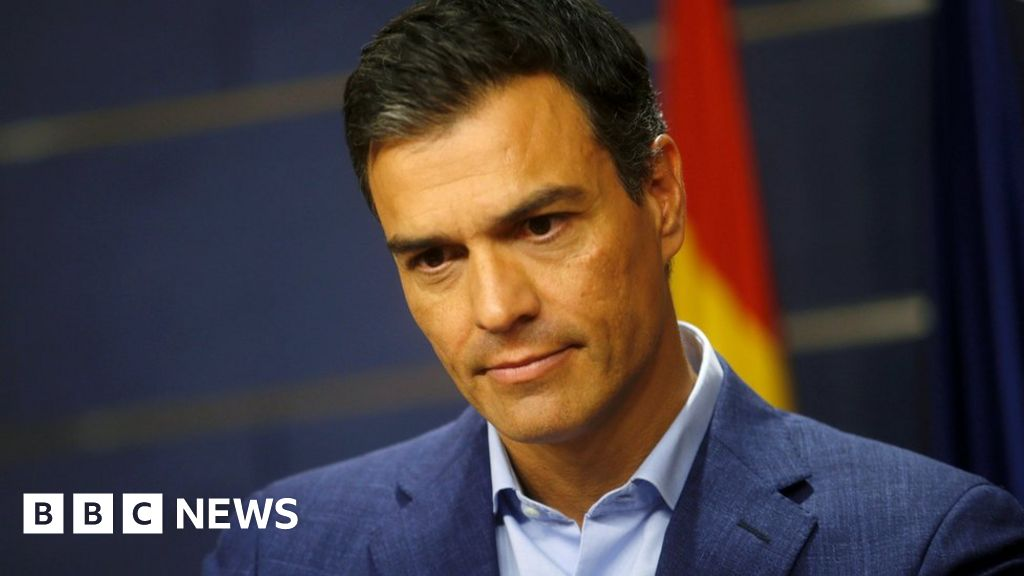 Pedro Sanchez: Spanish Socialist leader resigns - BBC News