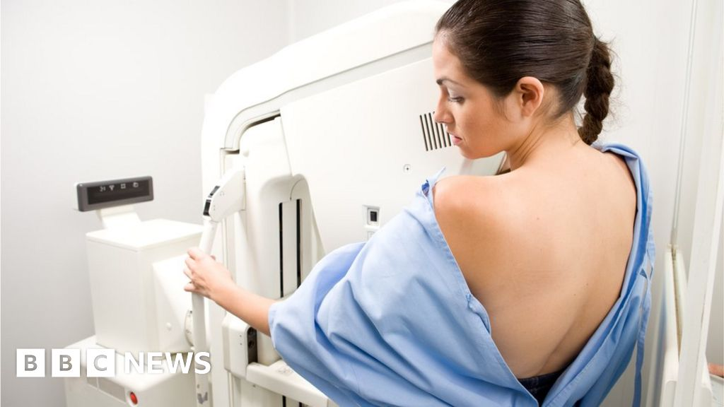 Breast screening women in their 40s 'could save lives'