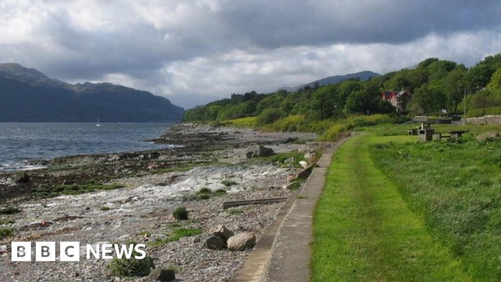 Coronavirus: Outbreak linked to Argyll bowling club thumbnail