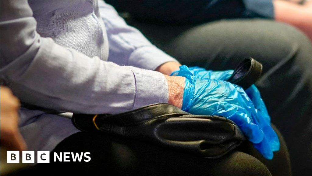 Covid in Scotland: Seven deaths at West Lothian care home
