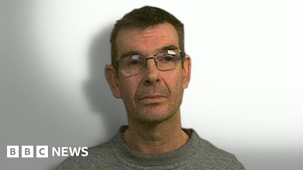 Nigel Leat: Victims' 'terror' as teacher set to be freed