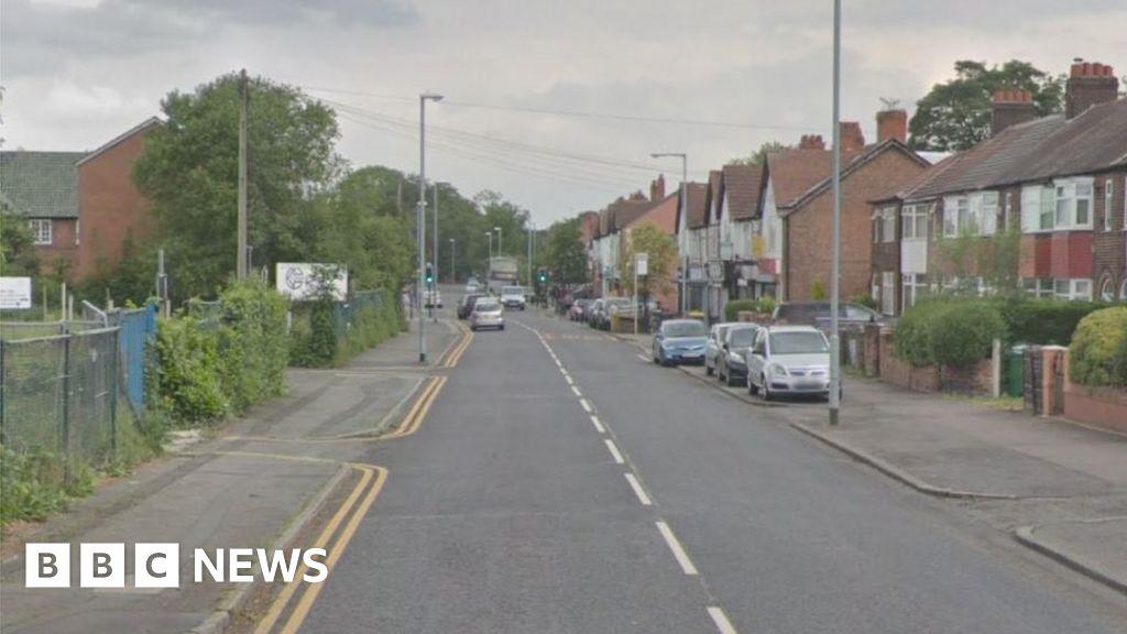 Teenager dies after Burnage police pursuit crash thumbnail