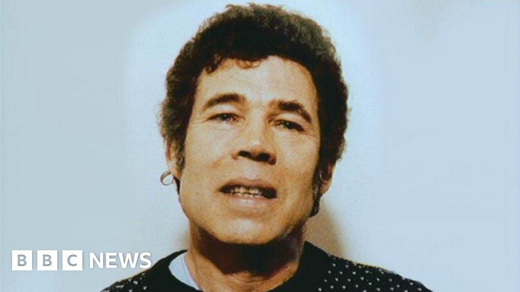 Fred West police search Gloucester café over missing girl Mary Bastholm