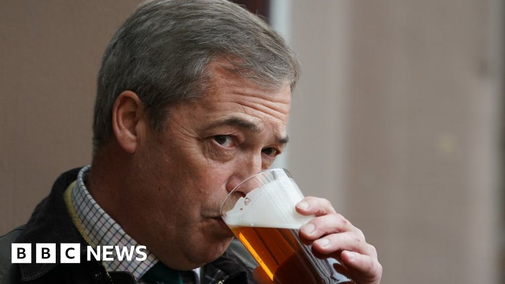 Coronavirus: Nigel Farage pub journey raised with Kent Police thumbnail