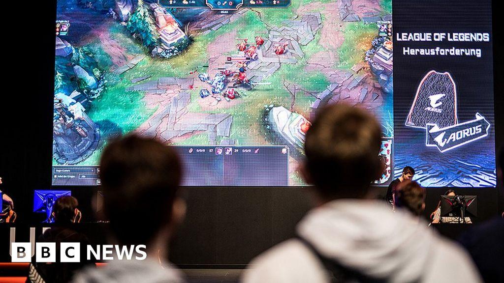 League of Legends European Championship cancels Saudi deal after backlash - BBC News thumbnail