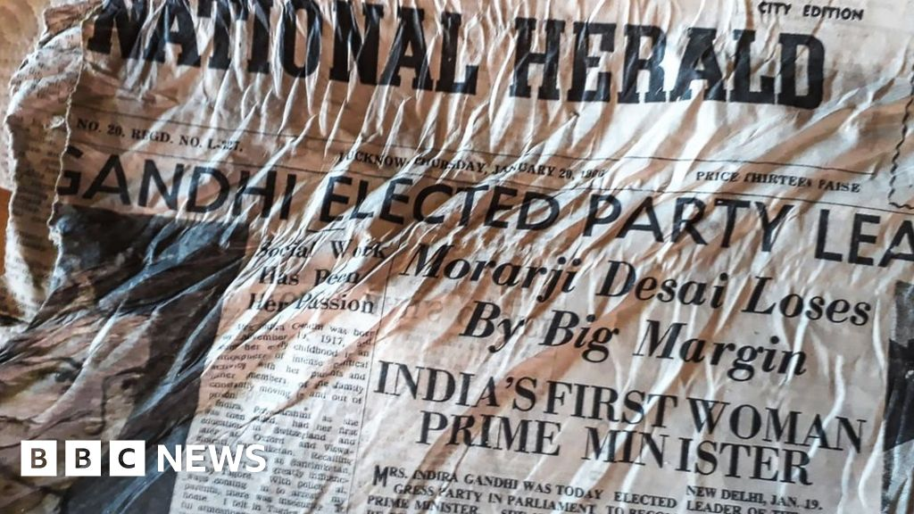 Indian papers 'from 1966 jet crash' found in Alps