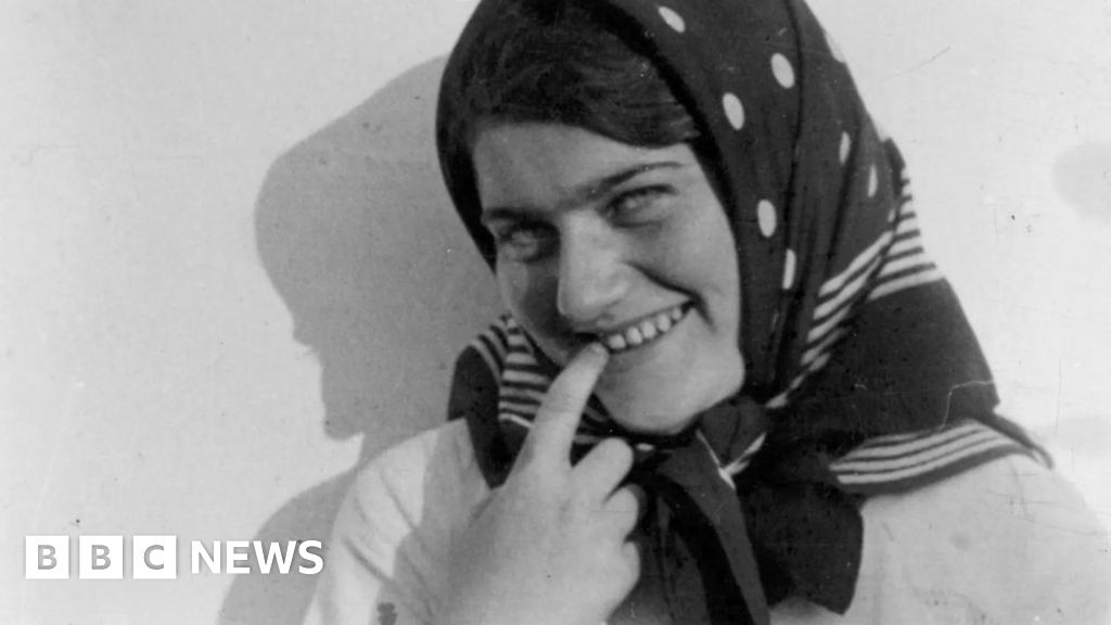 Secret diary of 'Polish Anne Frank' Renia Spiegel to be published