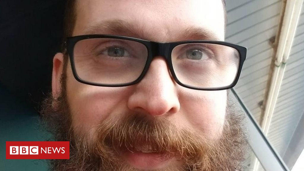 Friend challenges Facebook over Ronnie McNutt suicide video - bbc