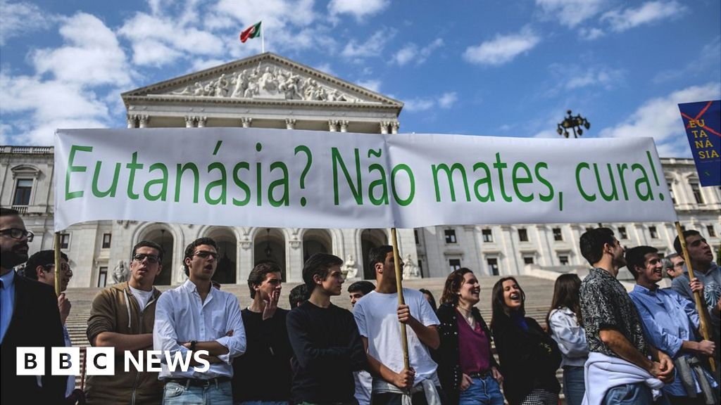 Portugal MPs in move to legalise euthanasia