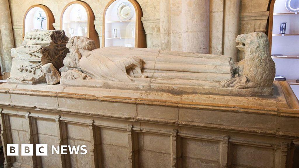 Malmesbury statue of King Aethelstan planned