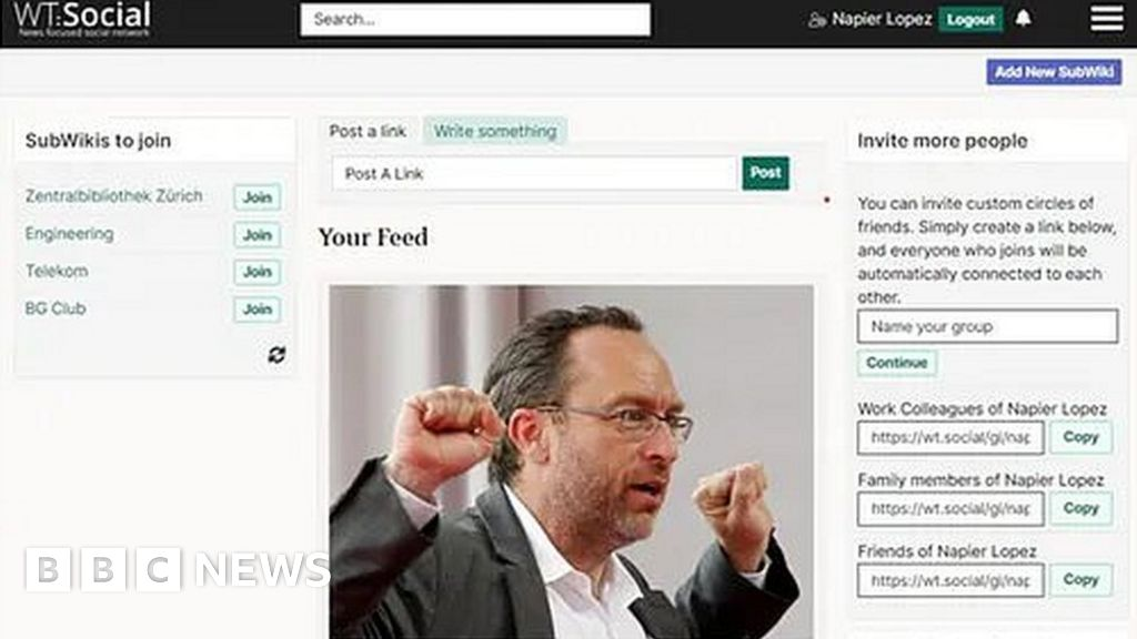 Thousands flock to Wikipedia founder's 'Facebook rival'