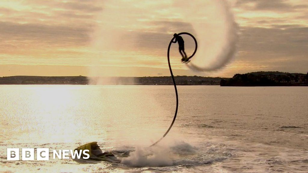 The 'human flying without wings' - BBC News