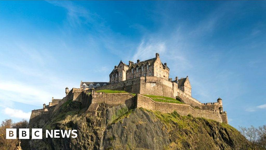 Edinburgh Castle reopens its doors to visitors thumbnail