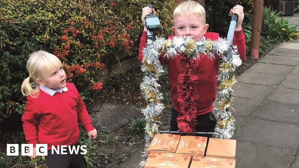 Lowestoft boy donates 360 crackers to 'save Christmas'