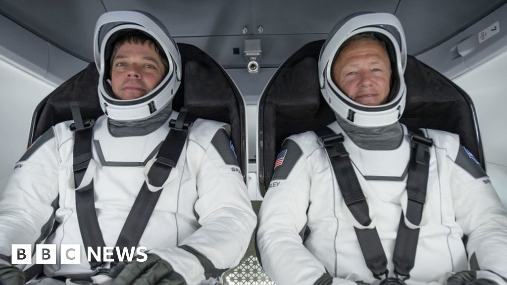 Nasa: Doug Loverro steps down days before crewed launch