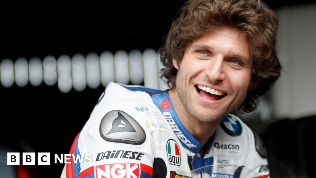Fake  licence charges against Guy Martin dropped
