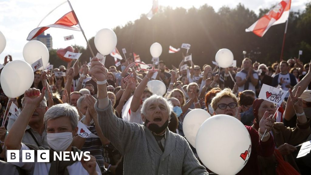 Belarus opposition rally attracts thousands despite crackdown