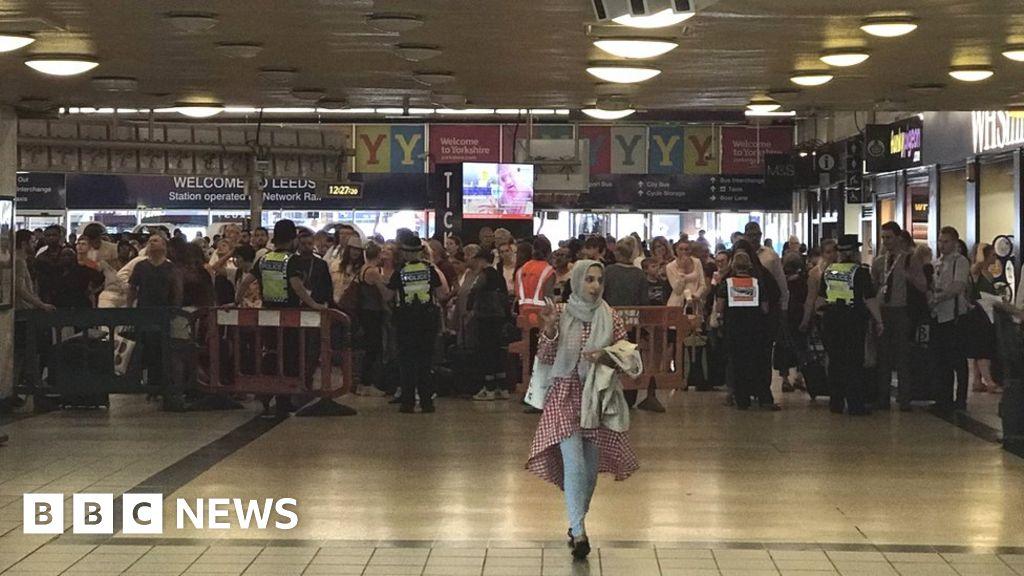Queues at York station