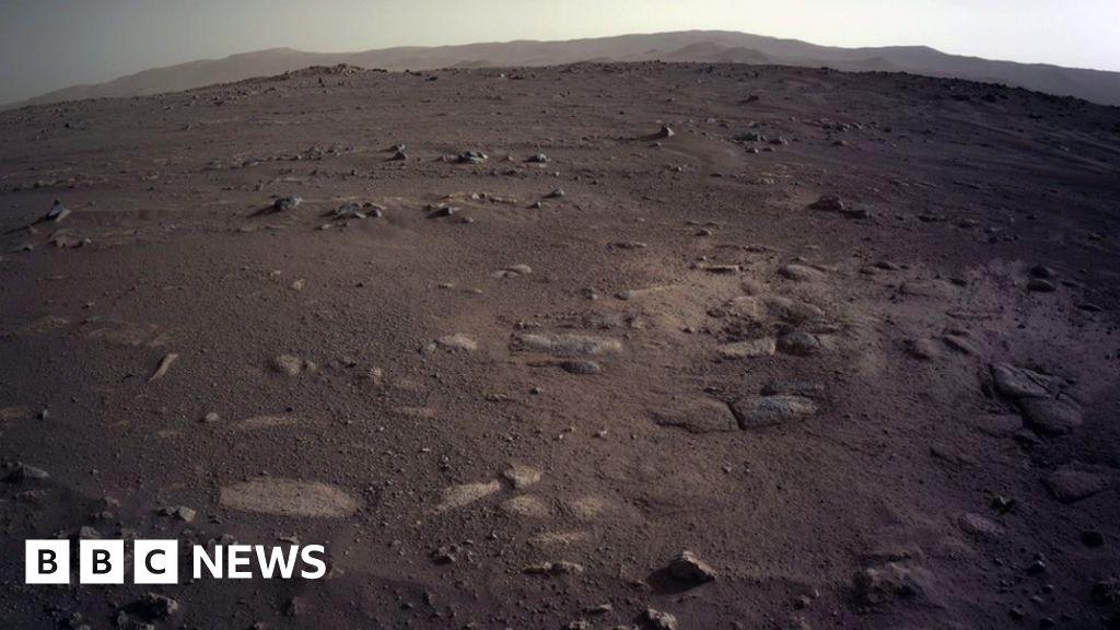Mars: Nasa's Perseverance rover sends stunning images