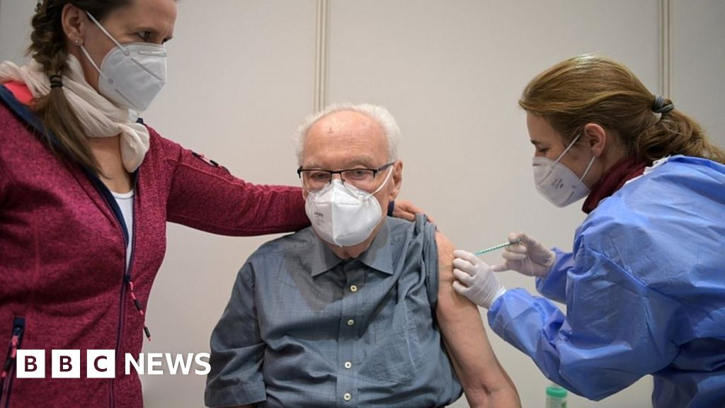 Covid vaccine: Germany urged to back AstraZeneca jab for over-65s - bbc