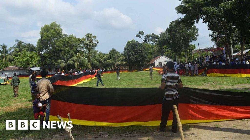 Farmer sews 'longest' German flag