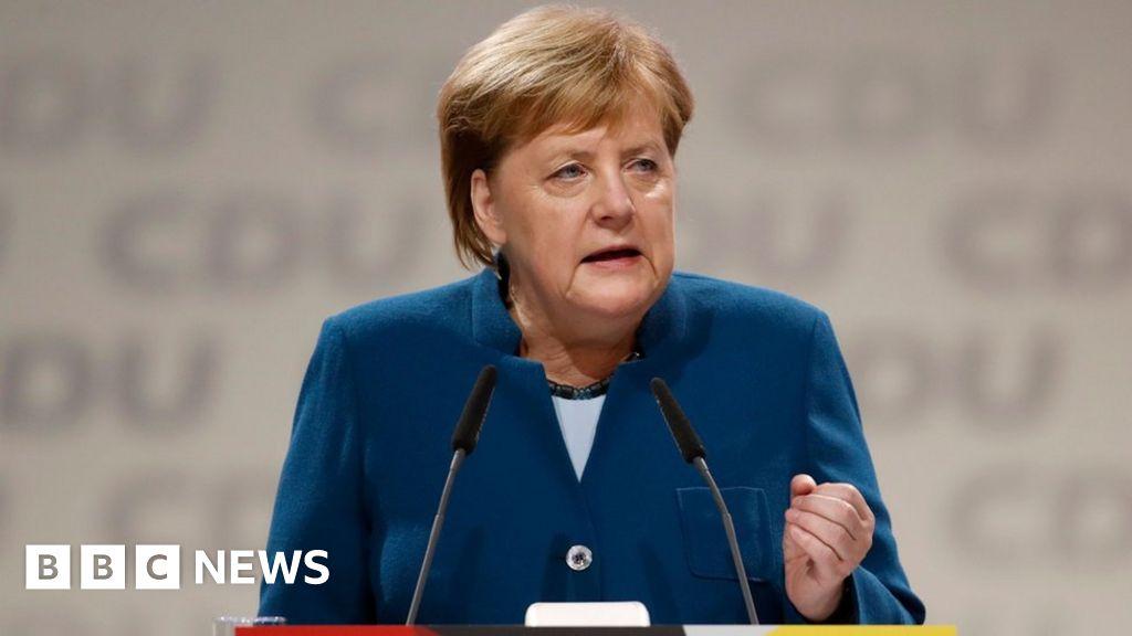 La alemana Merkel se despide emocionalmente de la fiesta de la CDU