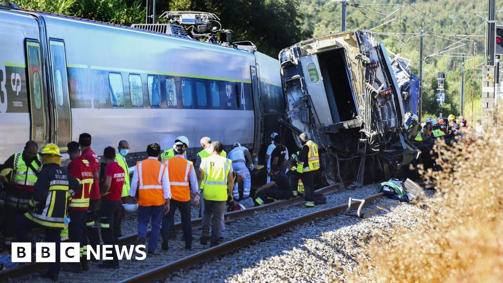 Two dead after train derails in Portugal
