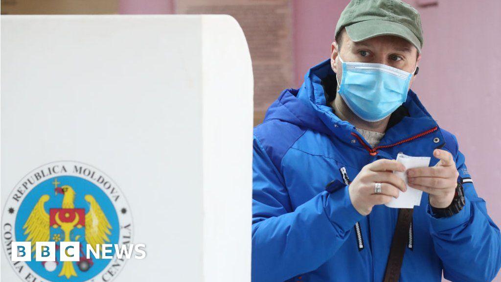 Image Moldova votes in presidential run-off vote