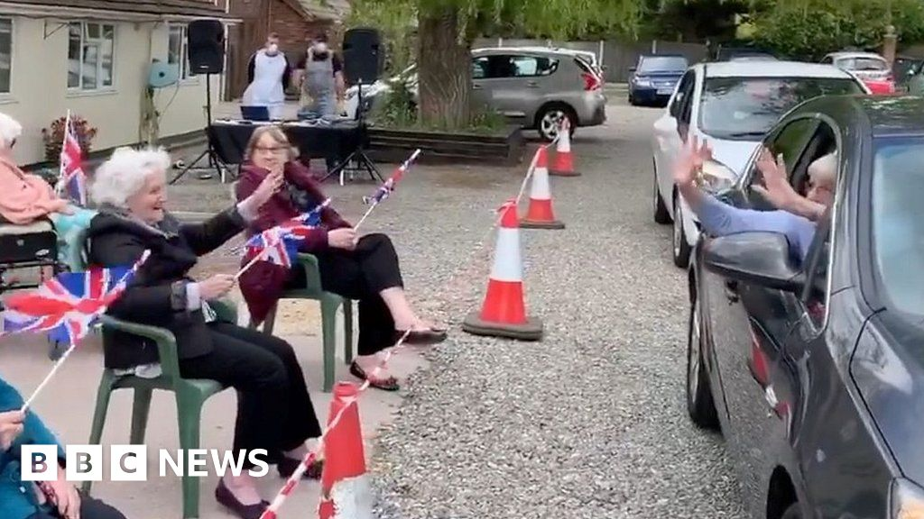 Coronavirus: 'Drive through disco' held at Yarmouth care hom thumbnail