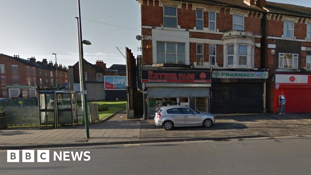 Kebab shop fined over 'faeces in food'